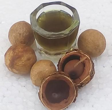Tamanu Oil for Natural Hair Care